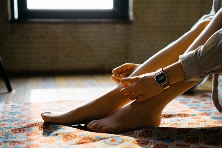 タイツのデニール数を徹底比較!男性が好きな透け感や細くみえるのはどれ?