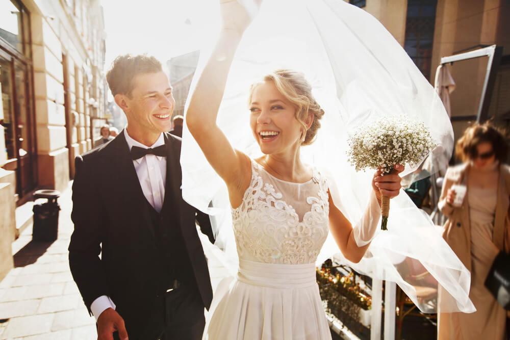 「早く結婚して仕事やめたーい!」は危険な考え!!そのワケとは