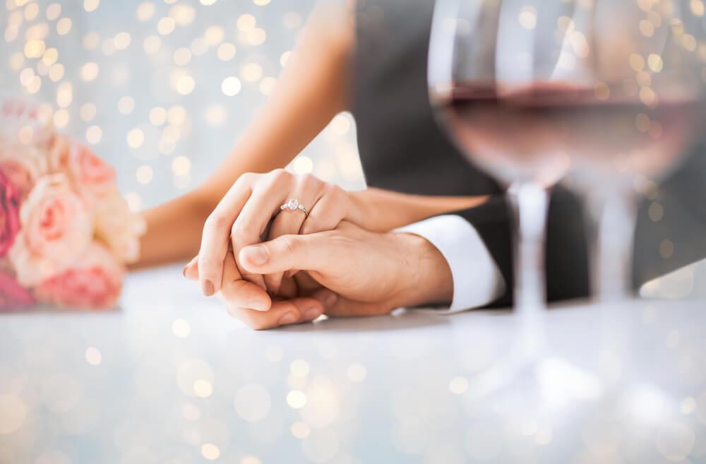 今の彼氏と結婚したいなら逆プロポーズが一番近道♡男が喜ぶ逆プロポーズシチュエーション