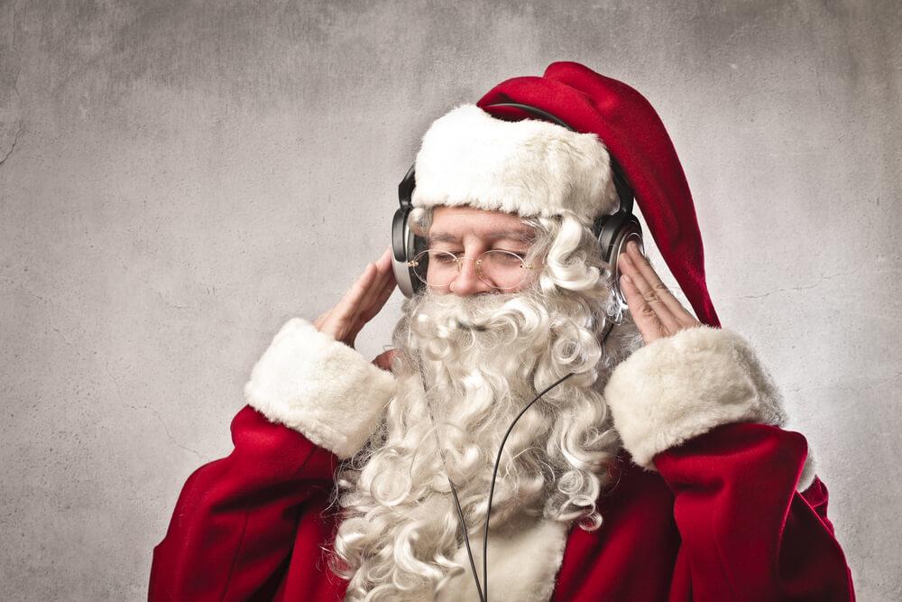 彼や友達とクリスマスを家で過ごすなら、こんなおしゃれBGMも用意して♡
